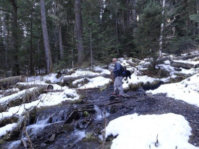 Freezing temperatures kept snow melt in check making several stream crossings quite manageable