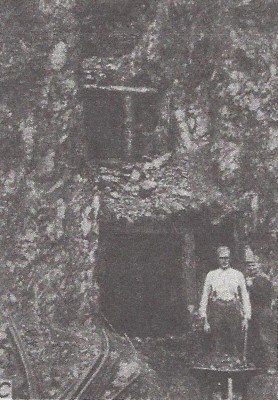 Crescent Mine 1925 - WA Division of Mines Photo