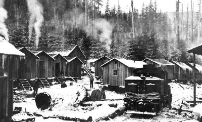 Snow Creek Logging Camp circa early 1920s. Photo courtesy of Clalllam County Historical Society