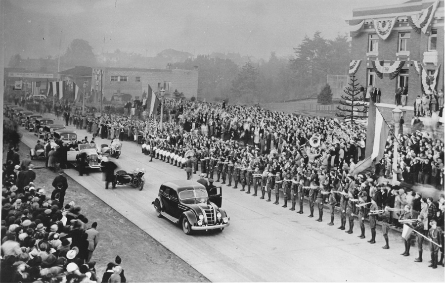Roosevelt Parade in Port Angeles 1937, Courtesy Clallam County Historical Society